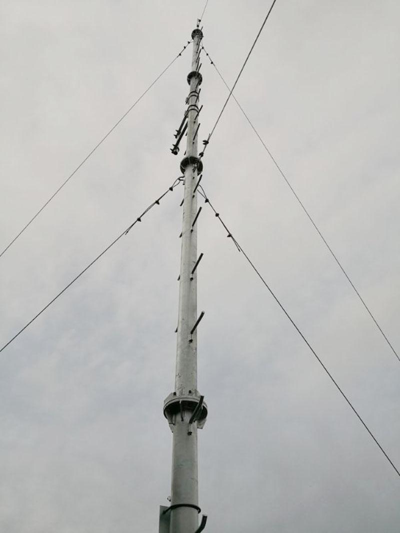 甘肃山顶10米桅杆通讯塔
