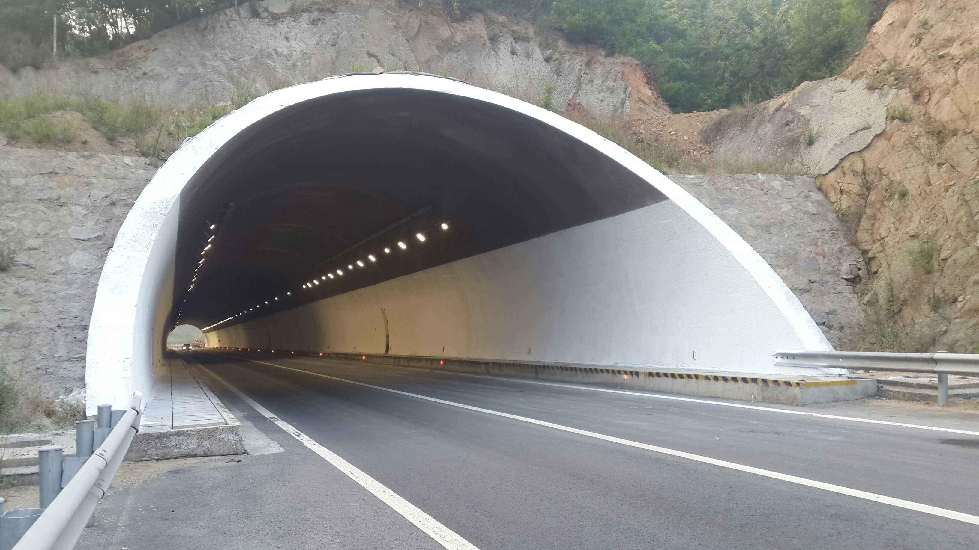 隧道防火施工案例