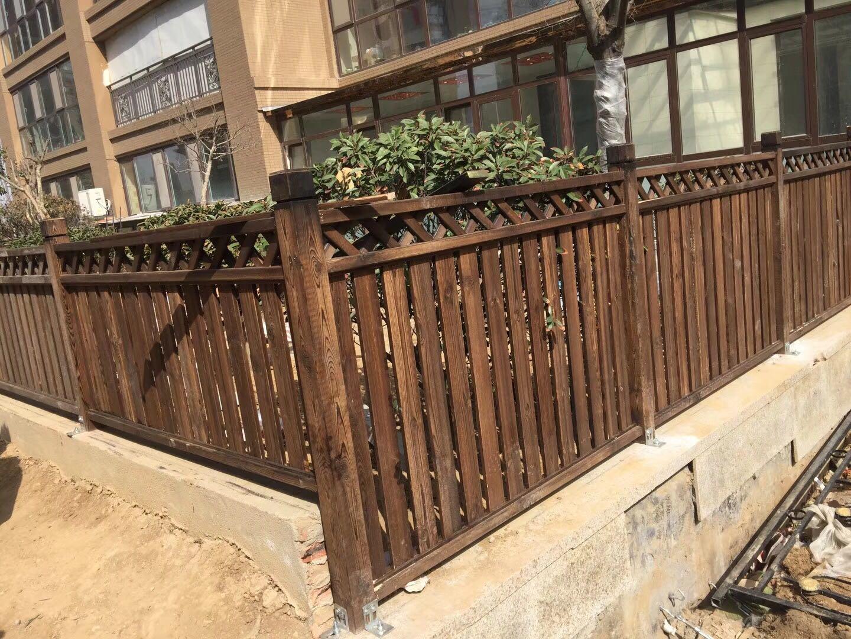 木圍欄護欄