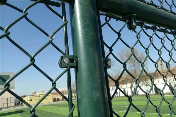 带框体育场围网的规格