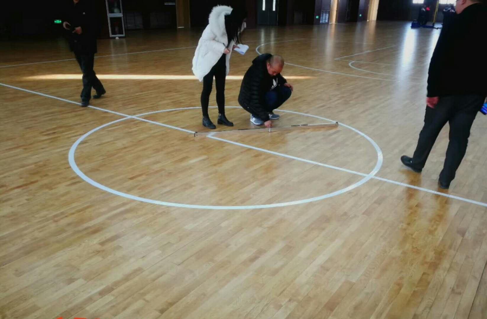 篮球馆木地板一分价钱一分货永远是真理