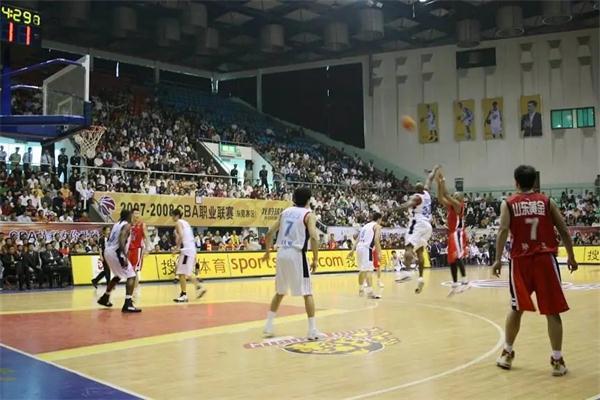 籃球場木地板.jpg