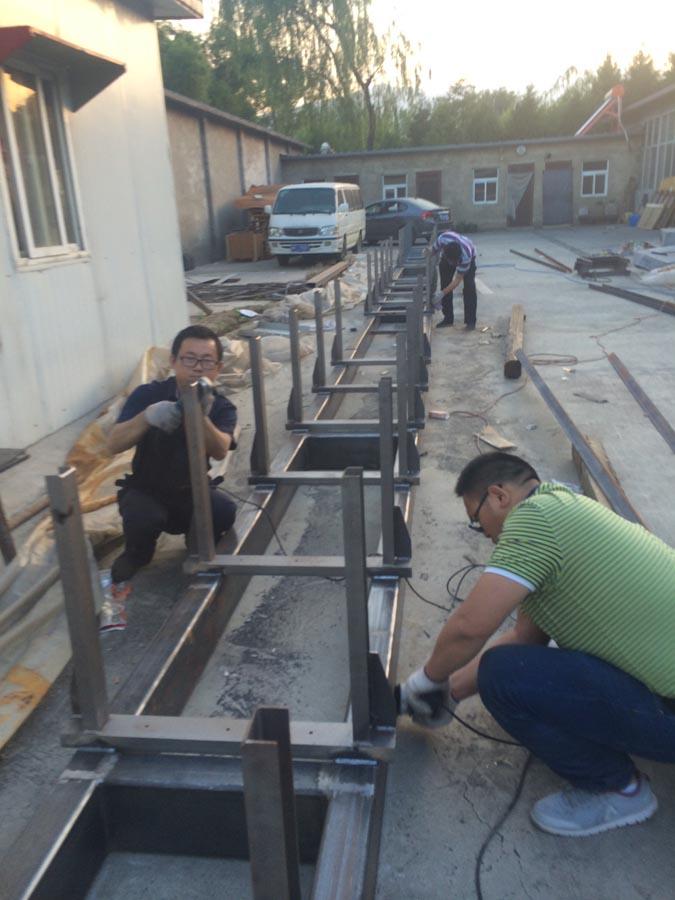 大型設備焊接現場
