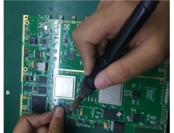 电路板焊接