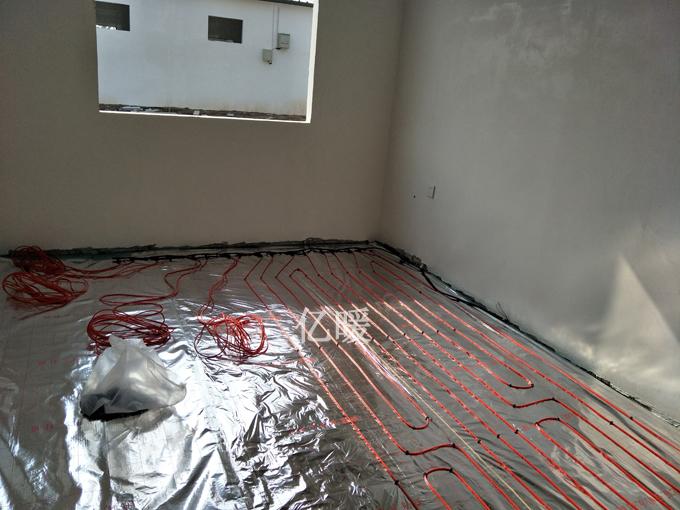 碳纖維發熱電纜施工
