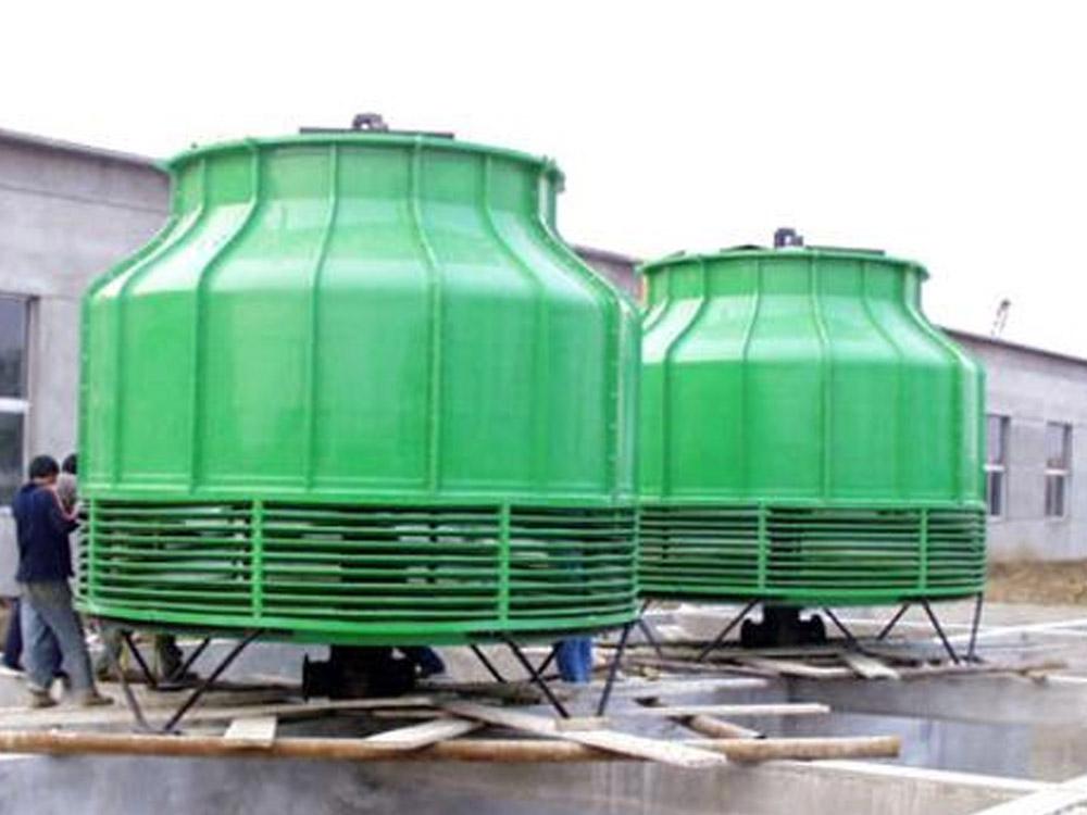 玻璃钢冷却塔的成型工艺受环境条件的影响